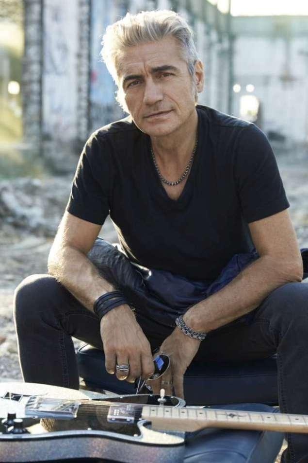 Luciano Ligabue-credito fotografico obbligatorio di Toni Thorimbert (2)